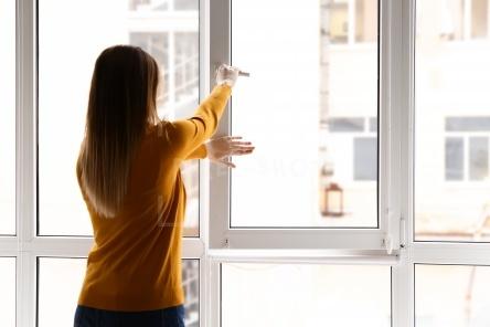 Душно в квартире зимой? Как проветрить, не открывая окно